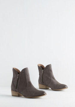 Lucky Penny Bootie in Slate