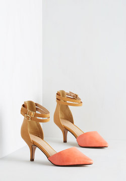 Prancy Footwork Heel in Coral and Tan