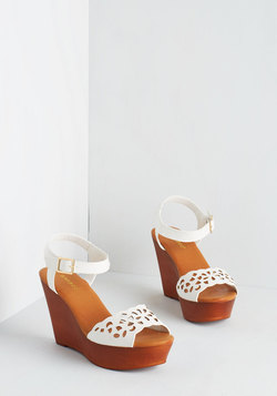 Strut Up and Dance Wedge in White
