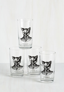 What a Piece of Quirk Glass Set in Fox