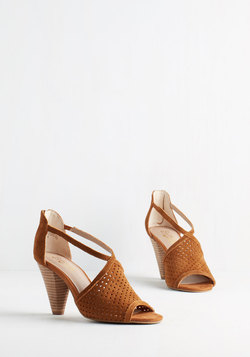 Gamble Heel in Caramel