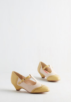 Care to Dance? Heel in Matte Yellow