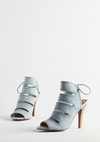 Play Along Heel