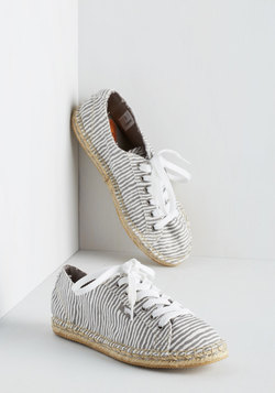 Day at the Dunes Sneaker