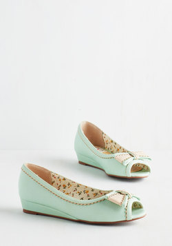 Spring Zing Wedge in Mint