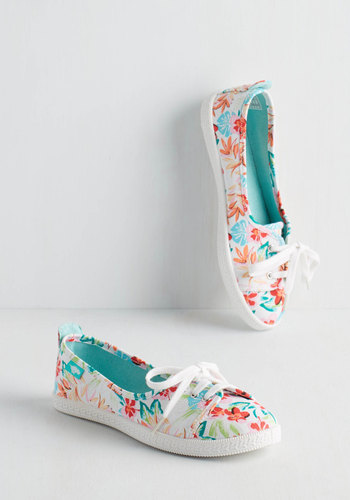 Walk of the Town Flat in Floral - Flat, Woven, Floral, Casual, Lace Up, Variation