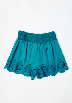 Give It a Triumph Shorts in Turquoise