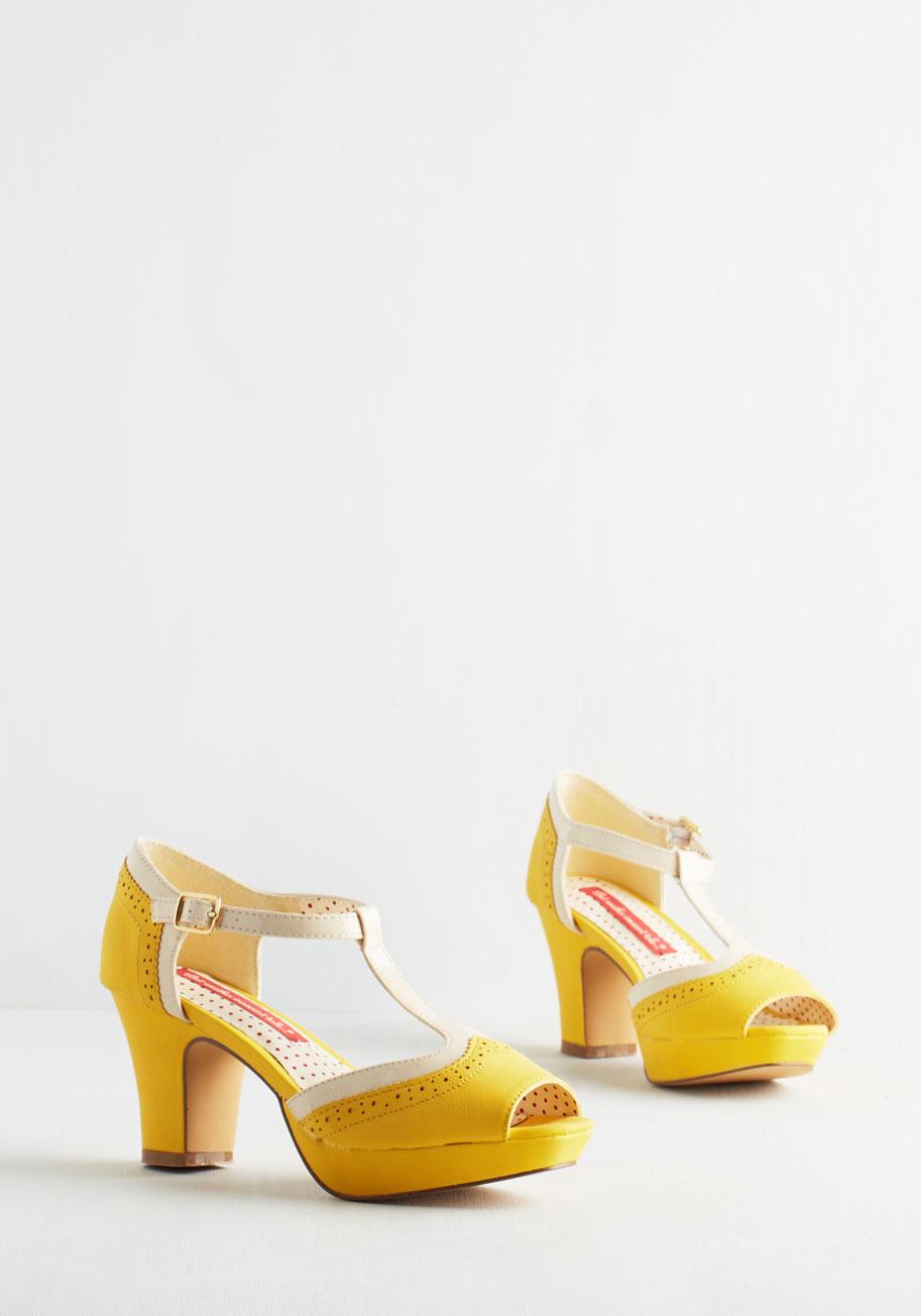 Vintage Yellow Heels