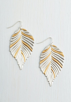 Friend or Foliage Earrings