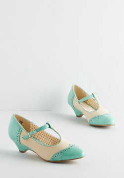 Care to Dance? Heel in Turquoise