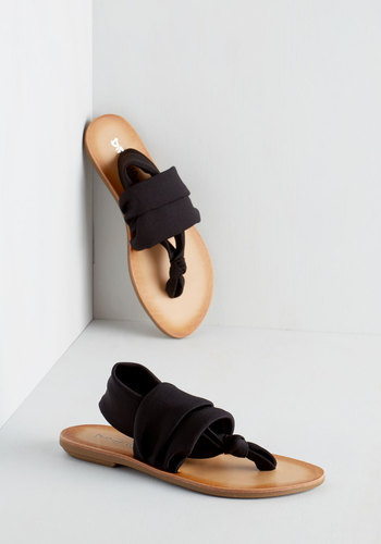 Stay in the Loop Sandal in Black by Dirty Laundry - Black, Solid, Beach/Resort, Minimal, Summer, Flat, Casual, Top Rated