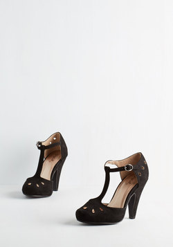Dynamic Debut Heel in Noir