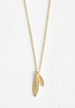 Nice Feather We're Having Necklace in Gold