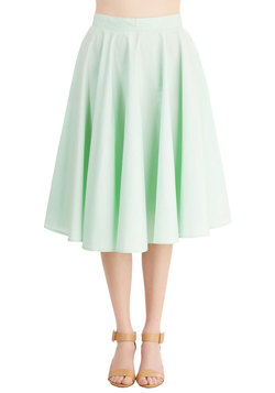 Whimsical Wonder Skirt in Mint