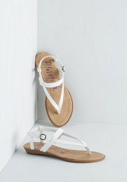 Gait Minds Think Alike Sandal in White