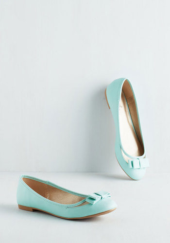 Swing into Spring Flat in Mint