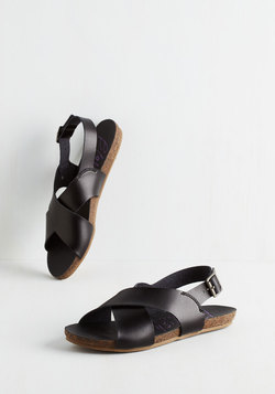 Cartwheel Have a Ball Sandal in Black