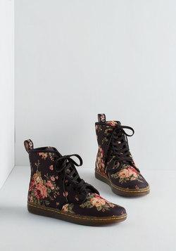 Peaks and Creeks Boot