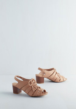 Modest Mademoiselle Heel in Cream