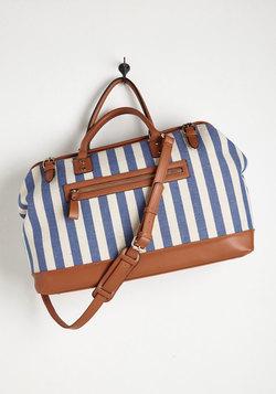 Impromptu Escape Weekend Bag