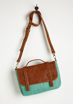 Case of the Spun Days Bag in Mint
