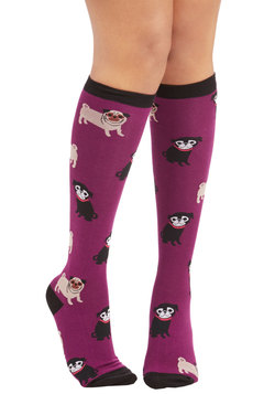Pug it Out Socks