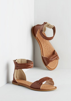 I Be-weave in You Sandal