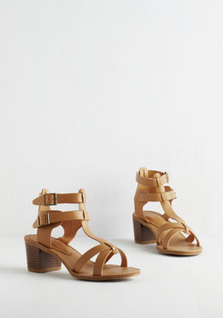 Astoria Weekend Sandal in Beige