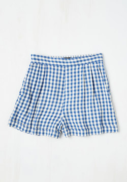 I Think, Therefore I Gingham Shorts in Blue