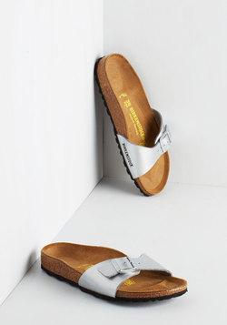 Zest Foot Forward Sandal in Silver
