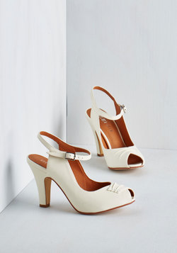Say It With Sophistication Heel in Ivory