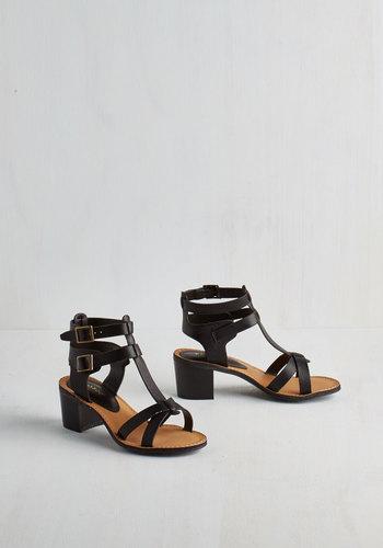 Astoria Weekend Sandal in Black