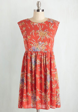 Garden Marvels Dress in Coral