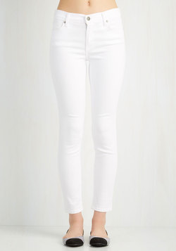 Solid Sense of Style Jeans in White