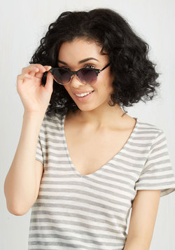 Summertime Staple Sunglasses in Black