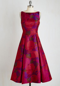 Extraordinary Epicure Dress in Garnet