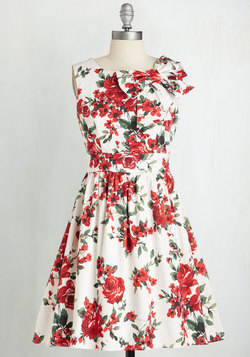 The Pennsylvania Polka Dress in White Floral