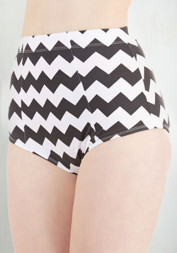 Poolside Pretty Swimsuit Bottom in Chevron