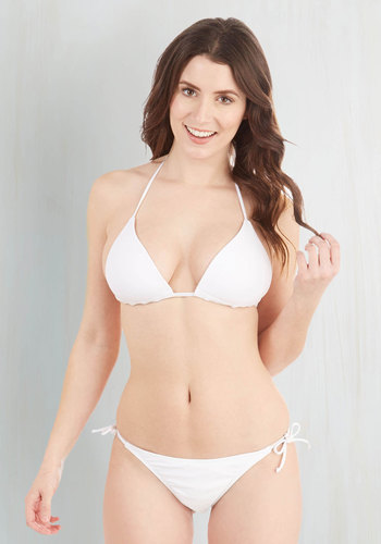 Bayside Basics Swimsuit Top in White