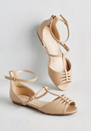 All Over Europe Sandal in Cream