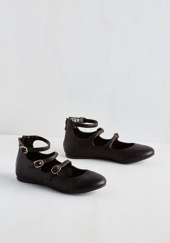 Trolley Holiday Flat in Black - Flat, Faux Leather, Black, Solid, Buckles, Casual, Good, Strappy, Variation