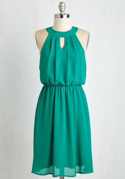 City Sway Dress in Emerald