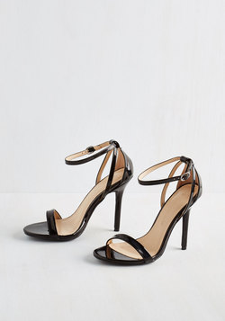 Think Posh-itive Heel in Noir