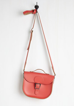 Have Style, Will Travel Bag in Poppy