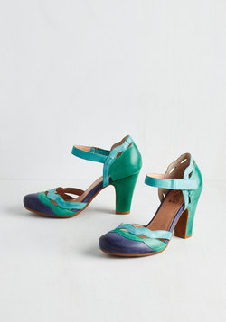 Sights in the City Heel in Teal