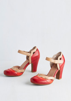 Sights in the City Heel in Poppy