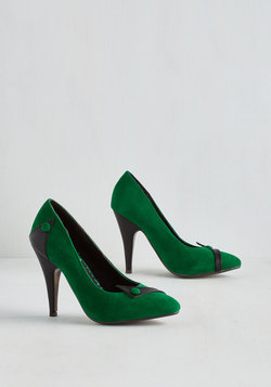 Sizzling Steps Heel in Green