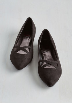 Style Pointers Flat in Black