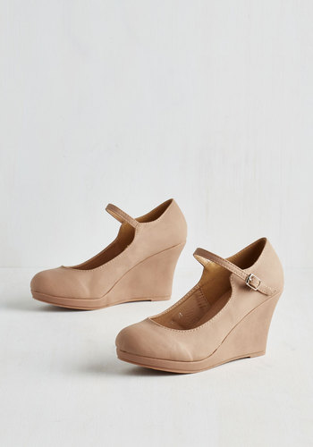Who Neutral? Wedge in Tan