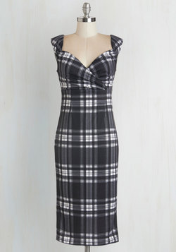 Lady Love Song Dress in Plaid